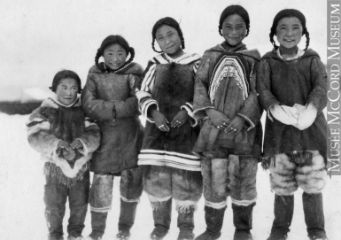 MP-0000.598.67 | Group of Inuit children, about 1925 | Photograph | Captain George E. Mack